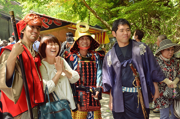 Kumiko and her husband, left