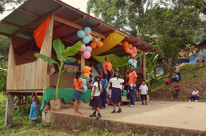 The village school at Oribe chocolate farm