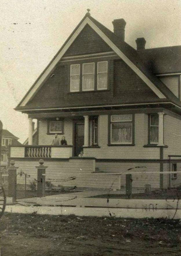 634 Battery Street - 1909           photo courtesy of John Adams