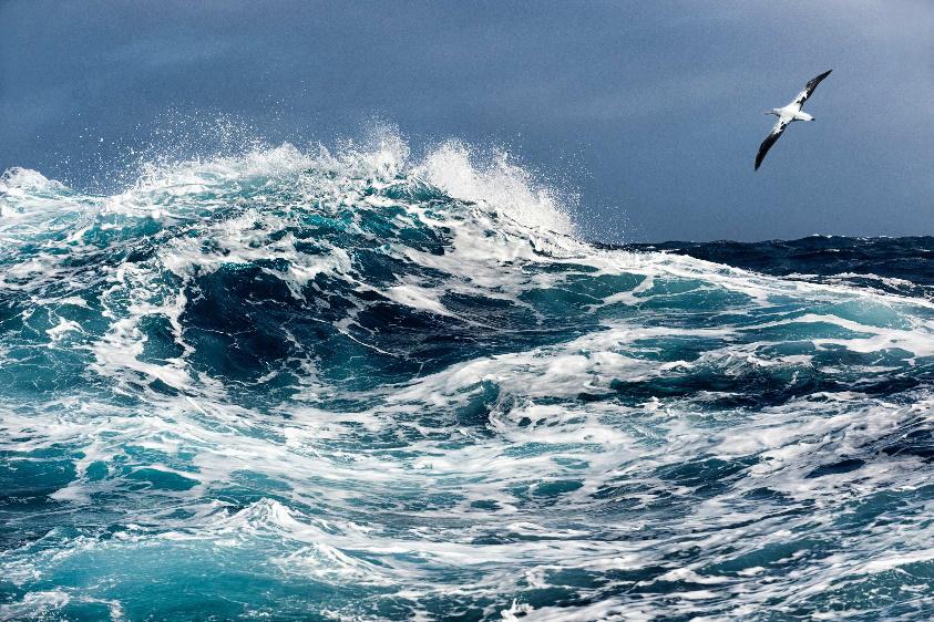 The Sea - Henri van Bentum
