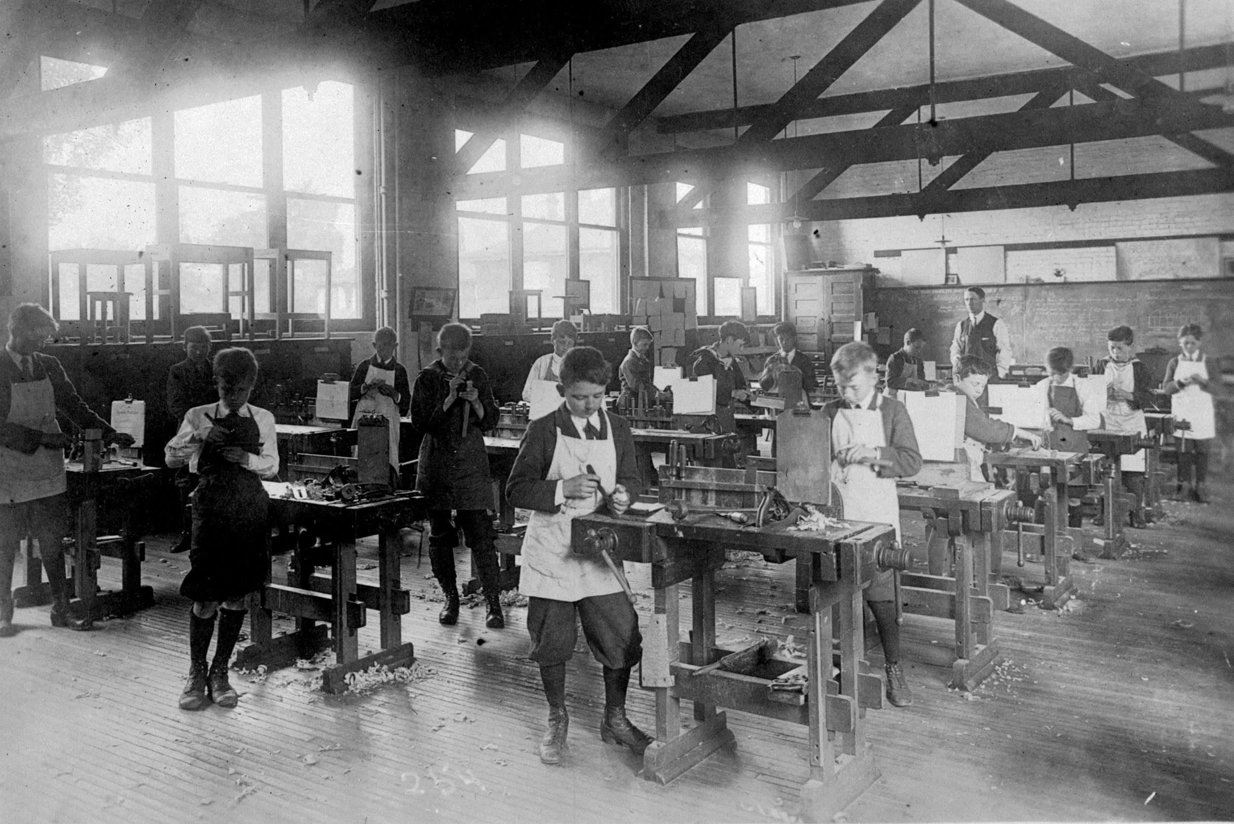 Manual training, South Park School, Victoria. 1915. Image D-01802 Courtesy of the Royal BC Museum and Archives