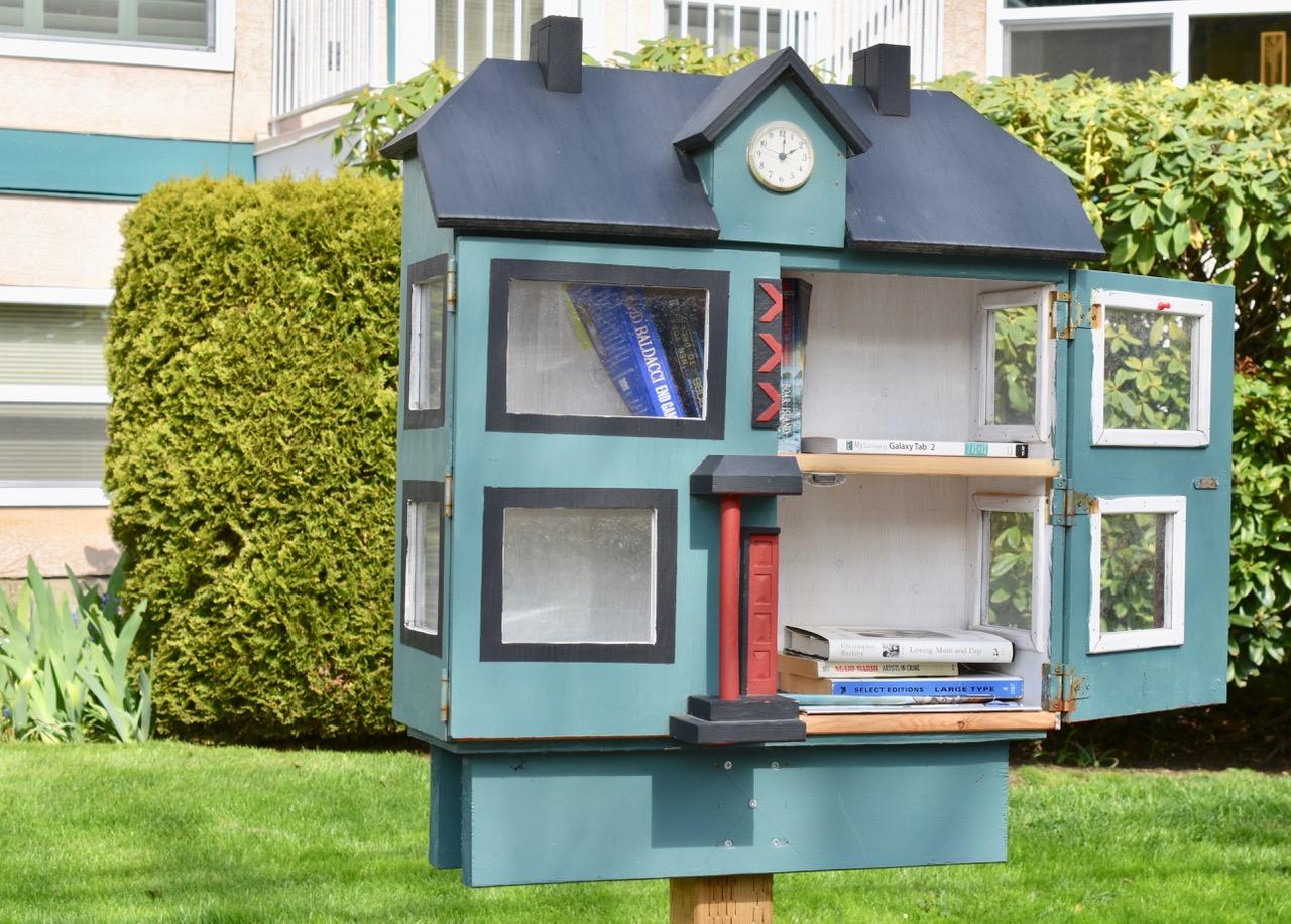 little libraries 4 bob tuomi.jpg