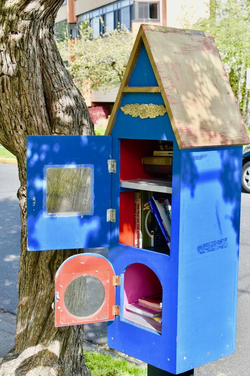 little libraries 1 bob tuomi.jpg