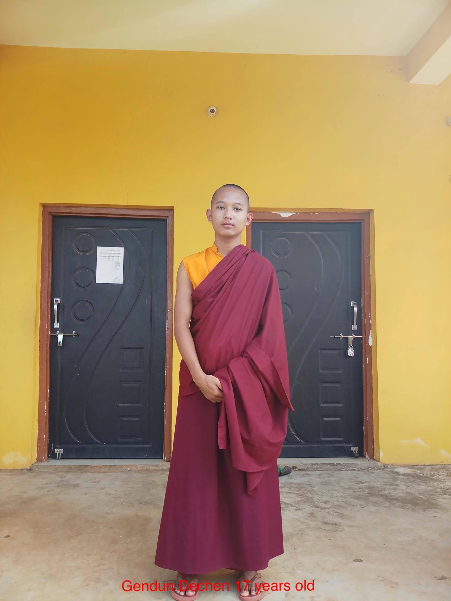 Monk_Genden_Dechen_17yrs_old.jpg