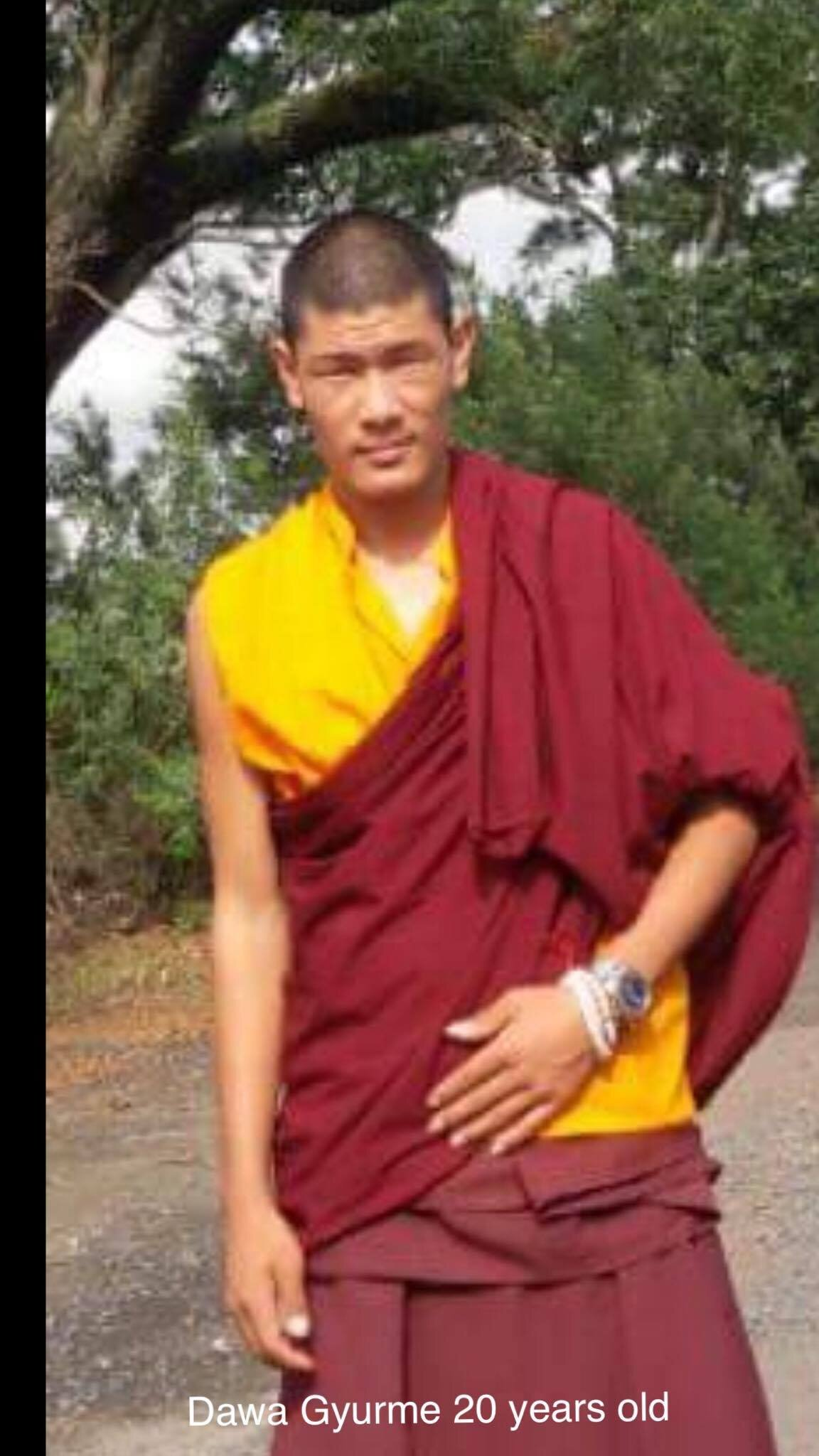 Monk_Dawa_Gyurme_20yrs_old.jpg