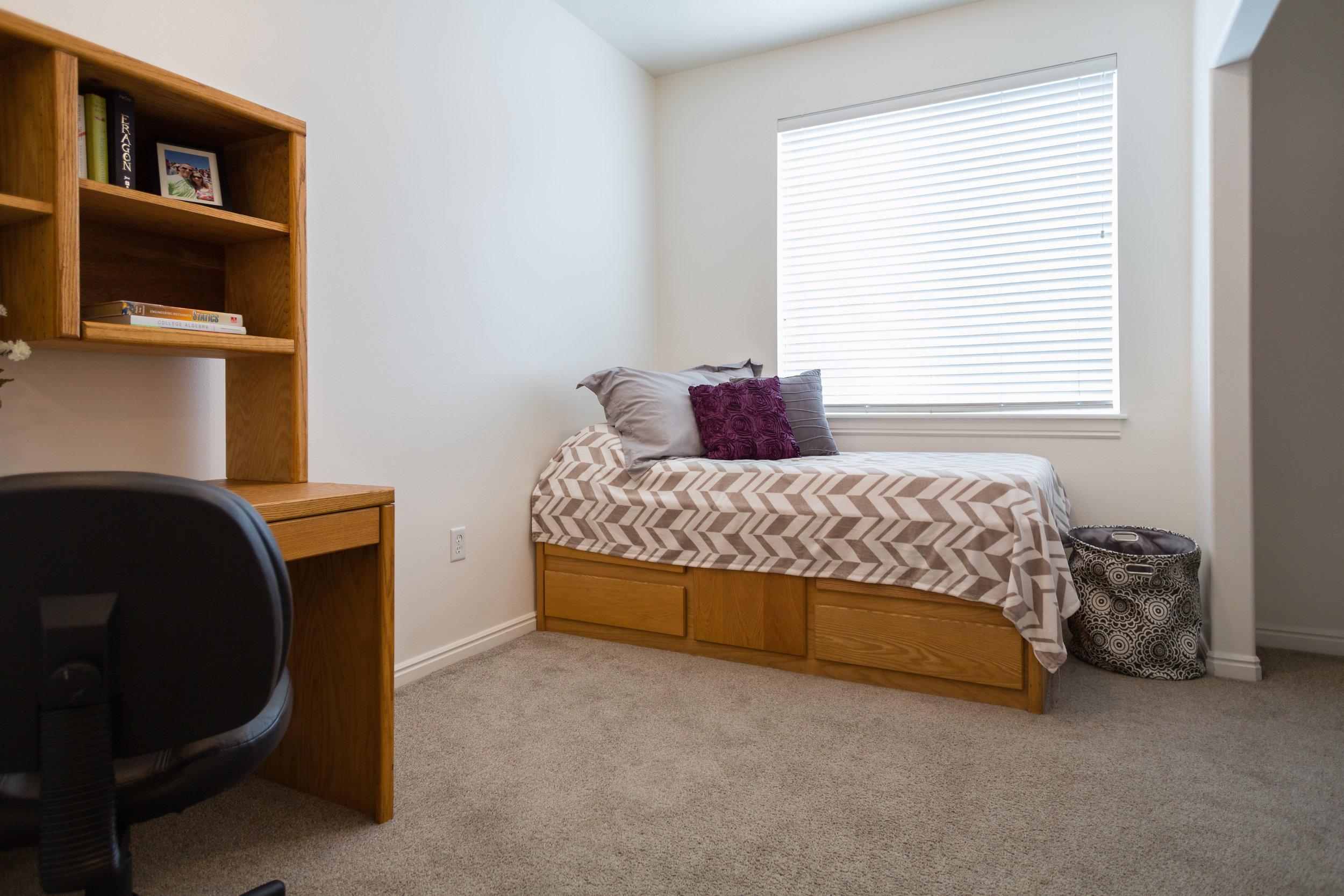 07-22-15 - Bedroom.jpg