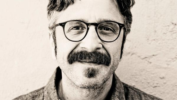 "Travis Shinn/Chicago Tribune   The thing comedian Marc Maron can't escape? Himself   Comedian and ""WTF"" podcast host Marc Maron on stand-up performing: ""To show up on stage and be real and be present for an hour and a half is incredibly rewarding."" For  Chicago Tribune"