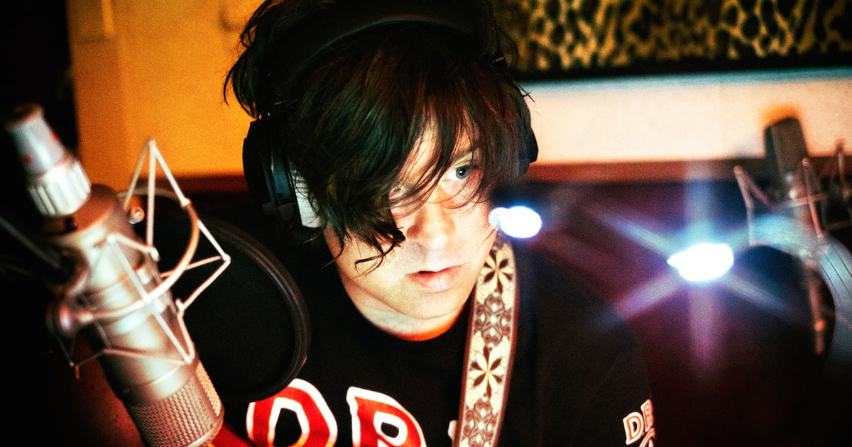 J Brokaw   How Ryan Adams Saved His Career With 'Heartbreaker'   Singer-songwriter looks back on 2000 solo debut, set for deluxe Pax-Am reissue. For  Rolling Stone