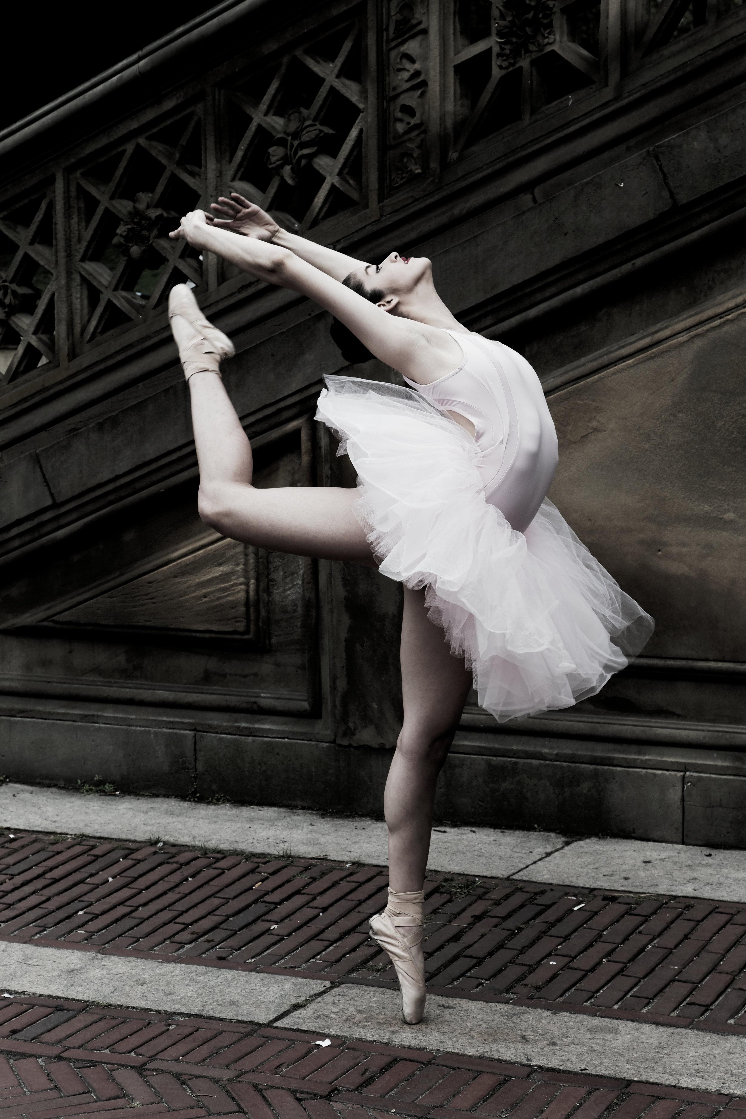 When the artist... - Becomes the art. Meet Emily Hug De Belmont