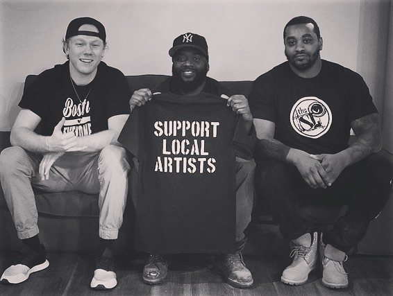 SUPPORT LOCAL ARTISTS @thesoundlabma @thecanofcorn @dej211 @rxpandemyk #supportlocalartists . . . . . #art #music #newmusic #recording #recordingstudio #engineer #producer #hiphop #soundlab #sound #artists #artlife #studio #brockton #quincy #boston #screenprinting #teamwork
