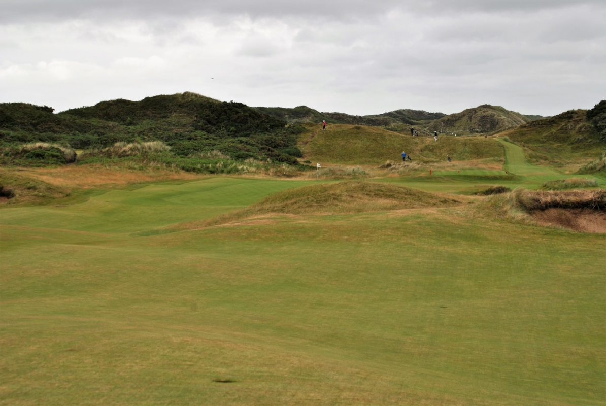 A view of the approach on the first hole