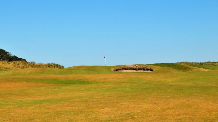 The approach to the 11th green