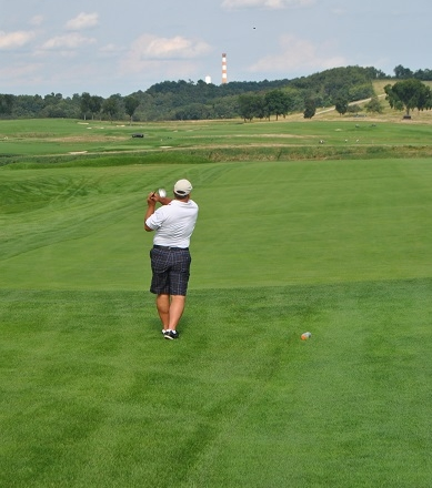 JC Teeing off on the 10th hole.