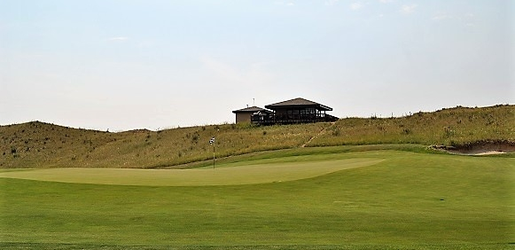 The 18th Green and Ben's Porch