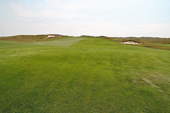 My quest to finish strongly started with a drive to the middle of the fairway on the fifteenth hole.
