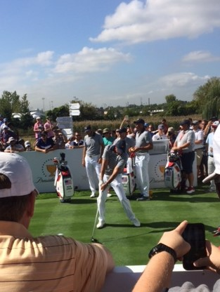 Phil teeing off at the Presidents Cup with Dustin and Matt watching.