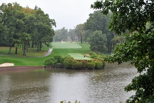 The 18th hole from the 17th hole tee box.