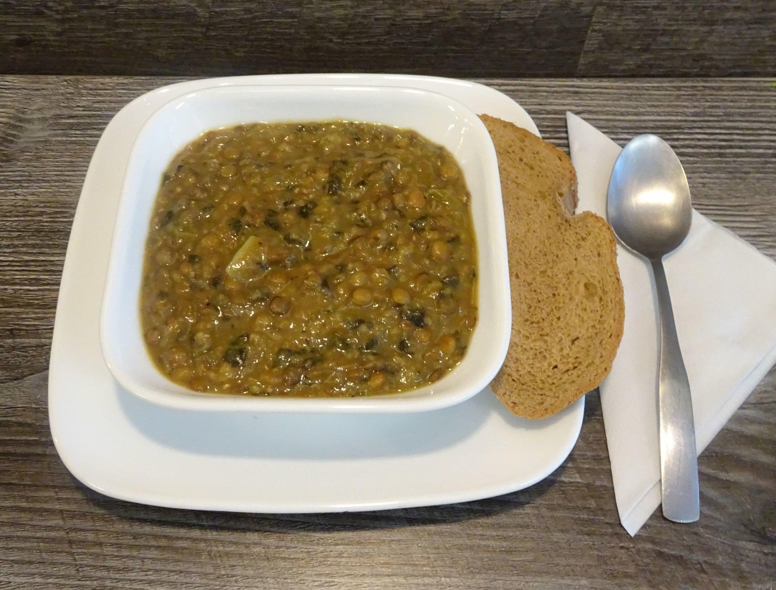Lentil spinach soup.JPG
