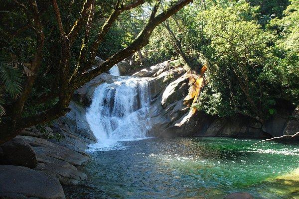 Josephine Falls, Wooroonooran NP (LecomteB, Wikimedia Commons)
