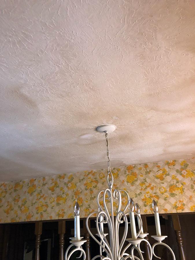 residential-water-damage-ceiling.jpg
