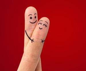 couplefingers.jpg