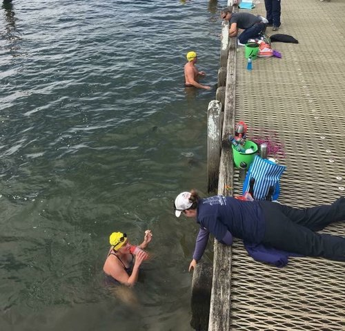 Nicky assisting swimmers and those learning to crew for them at VladSwim Cold Water Swim Camp Melbourne 2017