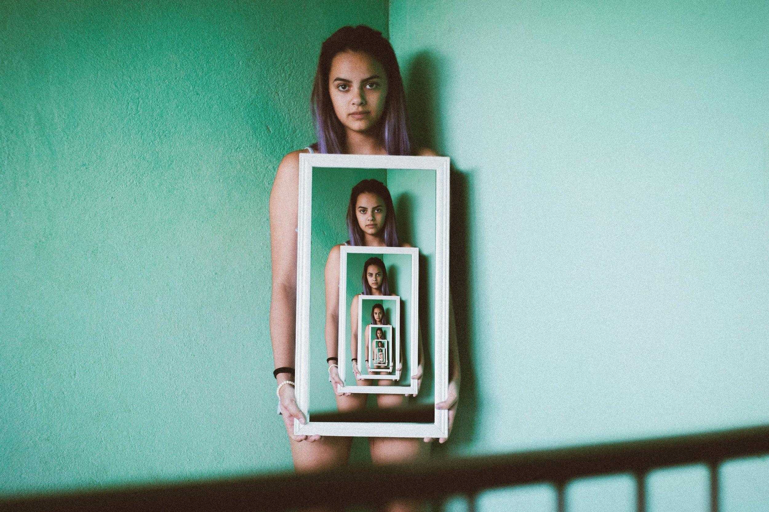 BODY IMAGE & EATING DISORDERS