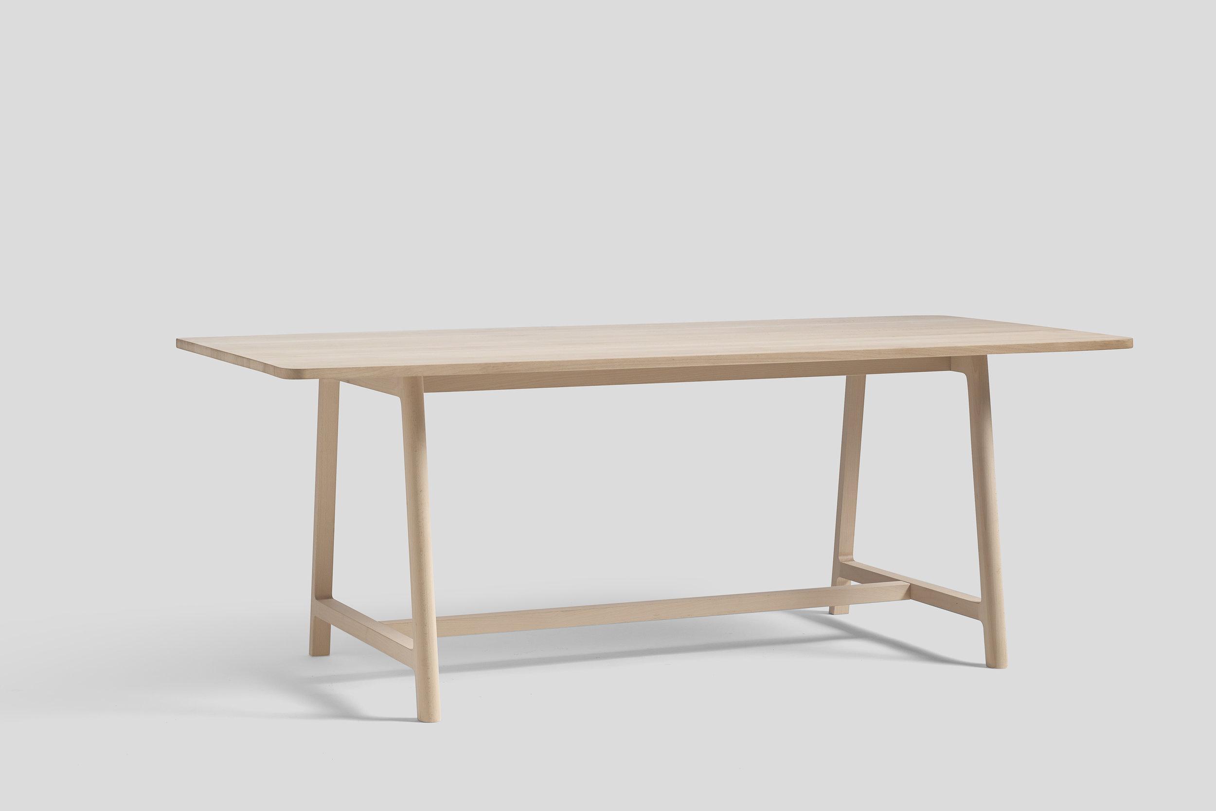 WH Frame Table beech L200.jpg
