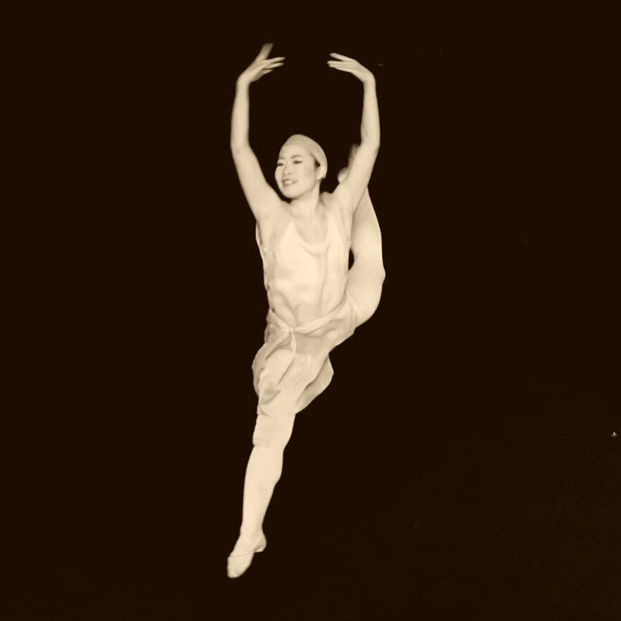 Kasumi Momoda    Contemporary ballet    DanceR, Choreographer