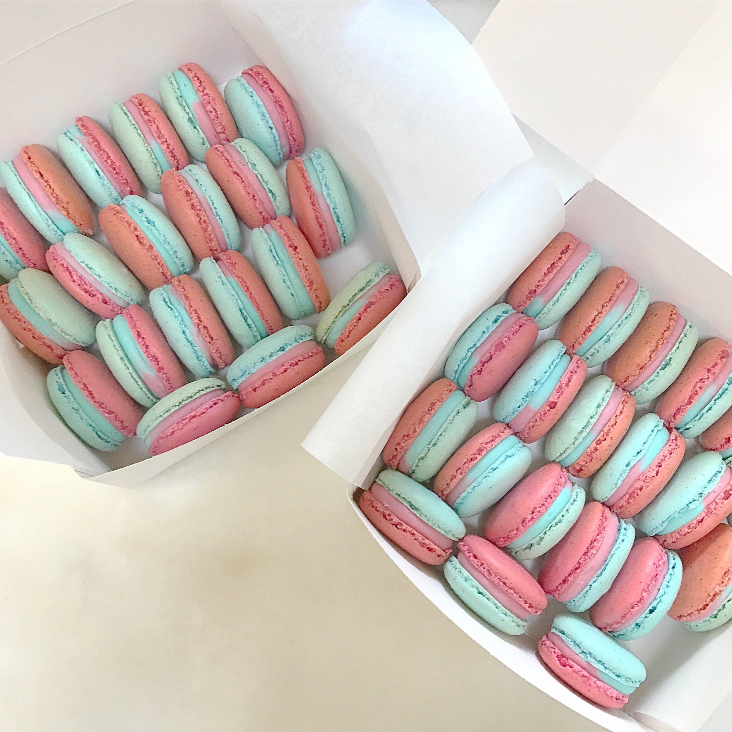 Custom Made Babyshower Macarons