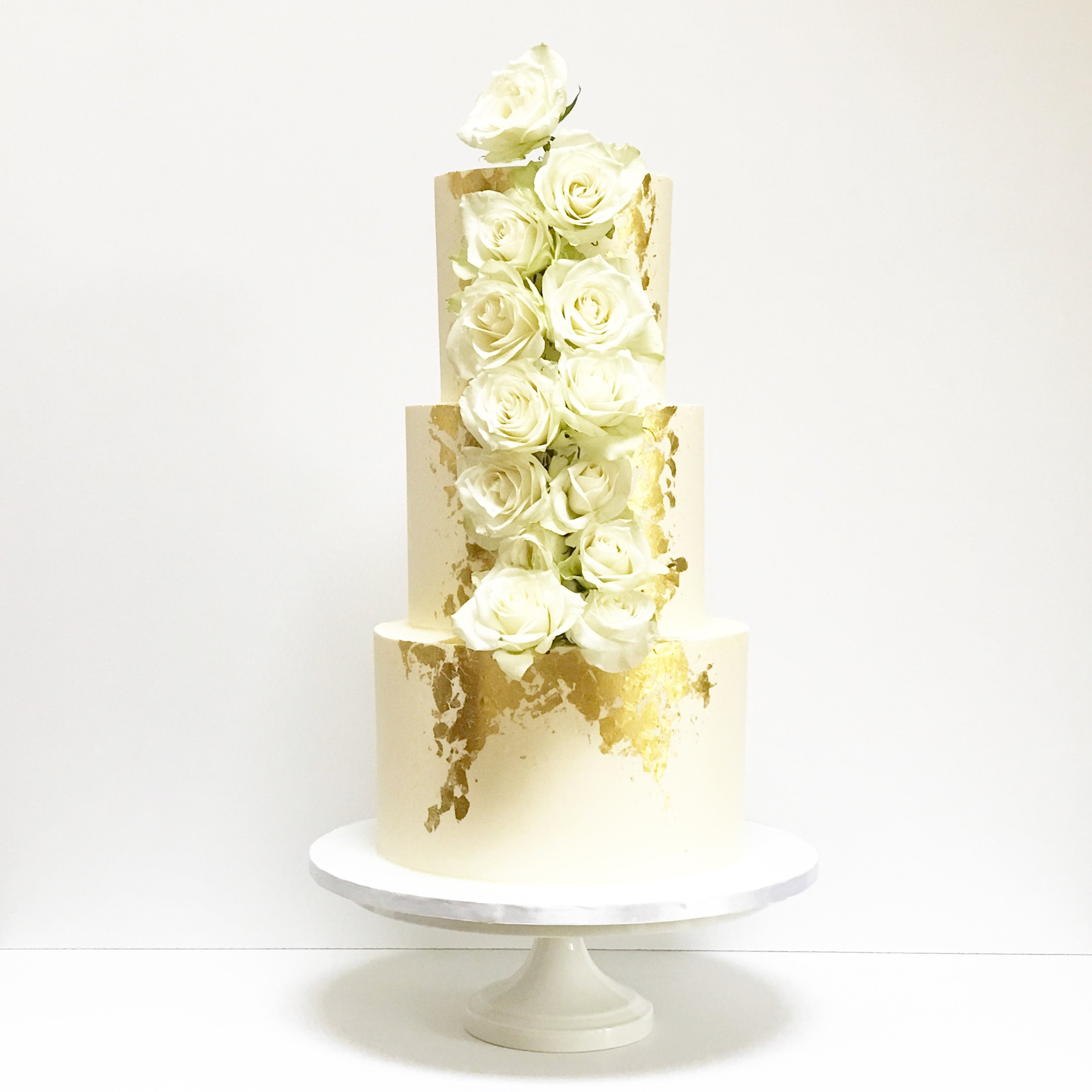 Gold Framed Roses Wedding Cake.JPG