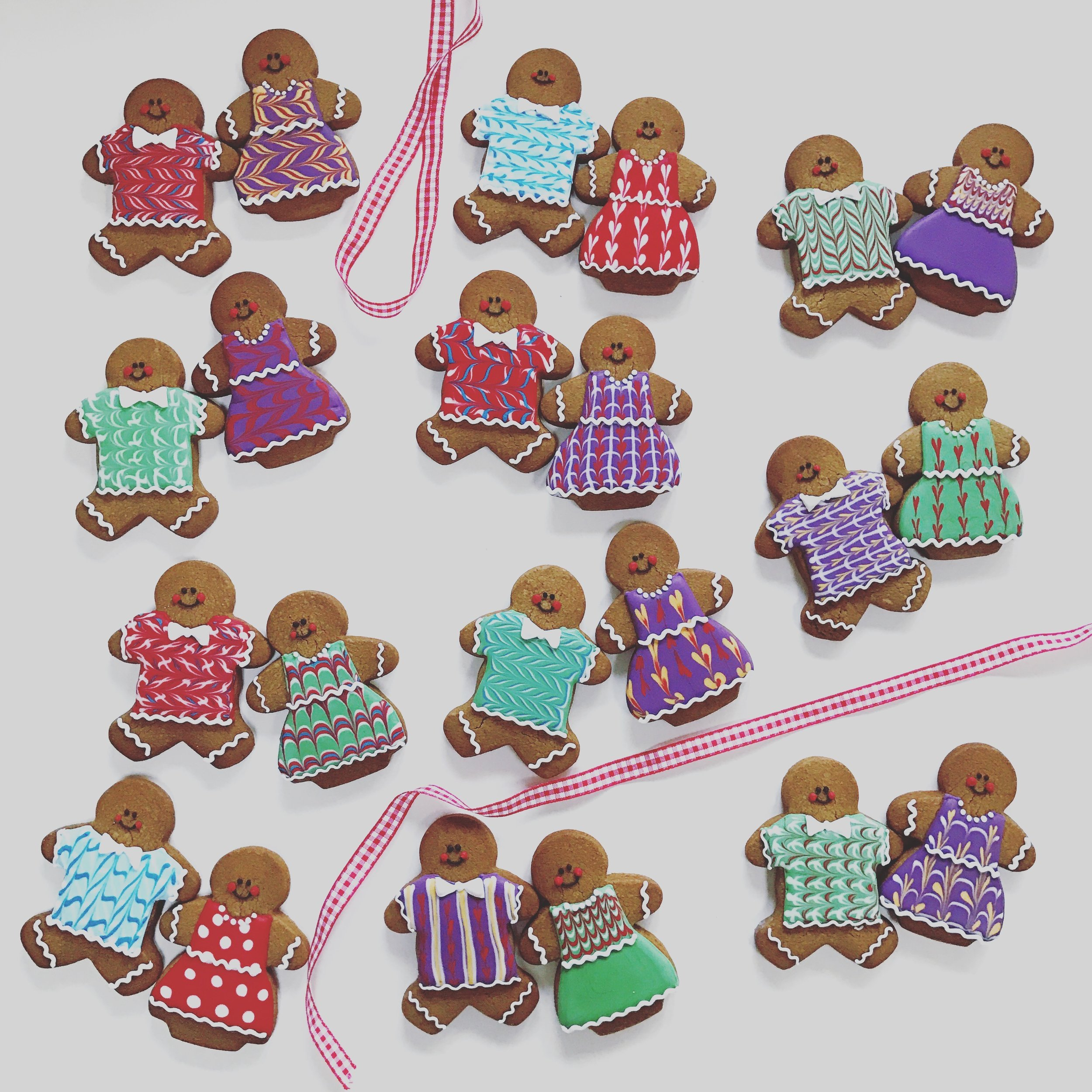 Iced Gingerbread Couples -