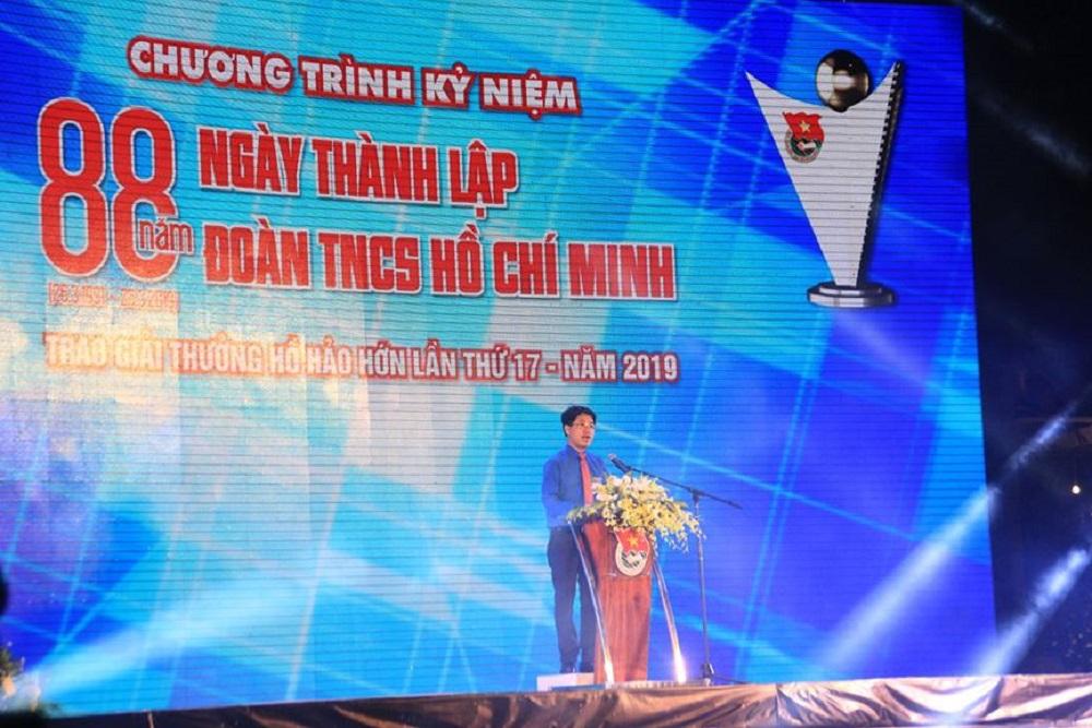Bí thư Thành Đoàn TPHCM Phạm Hồng Sơn phát biểu tuyên dương các mô hình tiêu biểu nhận giải thưởng Hồ Hảo Hớn năm 2019