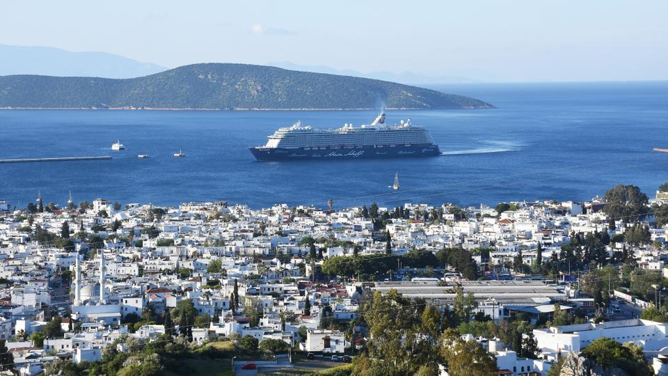 Thành phố Bodrum, Thổ Nhĩ Kỳ được biết tới với bờ biển dài nguyên sơ, tuyệt đẹp.