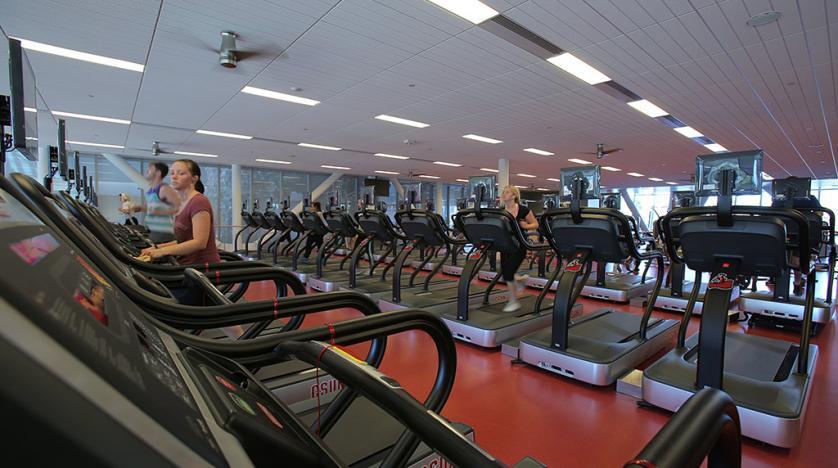 Nhiều người tham gia tập gym chỉ đơn giản là vì họ thích cơ chế hoạt động thân thiện với môi trường ở đây.
