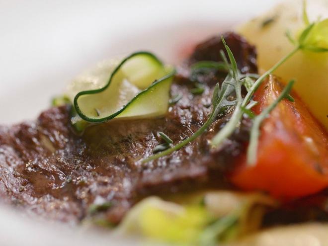 Từ nhiều năm qua, LHQ kêu gọi mọi người nên bớt ăn thịt để bảo vệ môi trường.