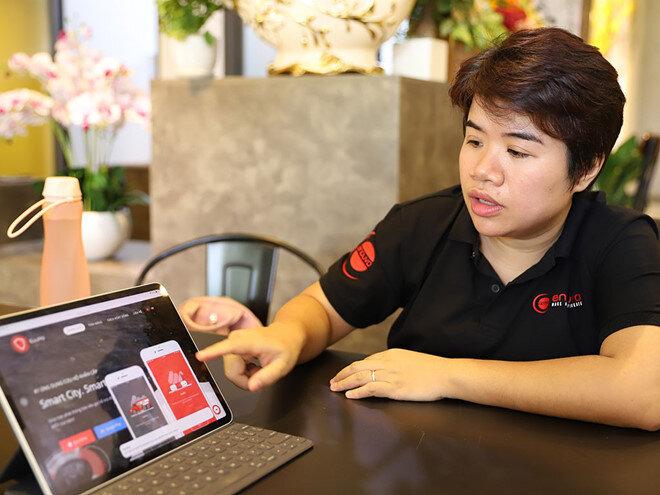 """Trần Hạnh Trang nói về những dự án xây dựng """"thành phố thông minh""""."""