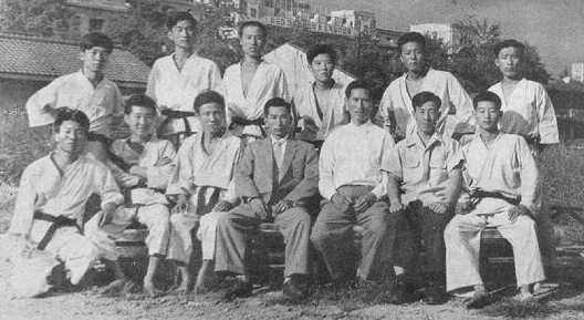 2nd President Nam Suk Lee (center) sits with senior members of Chang Moo Kwan (circa 1957).