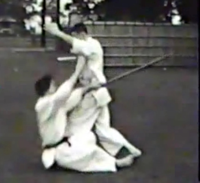 Jack Mumpower applies aigame-ate against a sword attack from Mr. Ohba (1960).