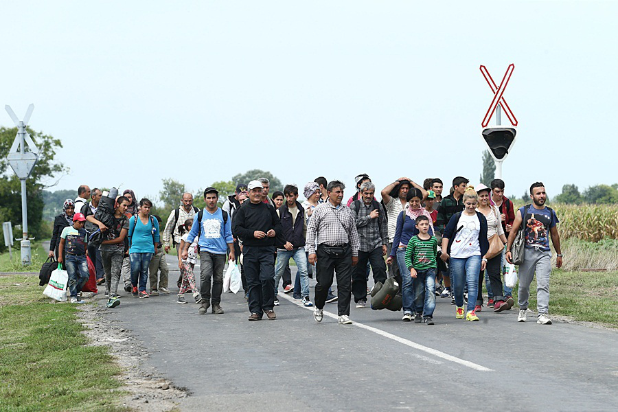 Migrants from MENA travelling through Hungary, 2015.