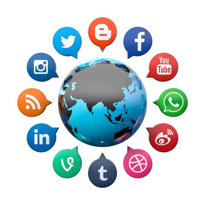 social-media-2636256_960_720.jpg