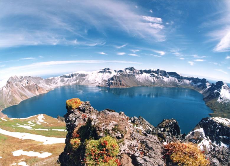 Baitou_Mountain_Tianchi.jpg