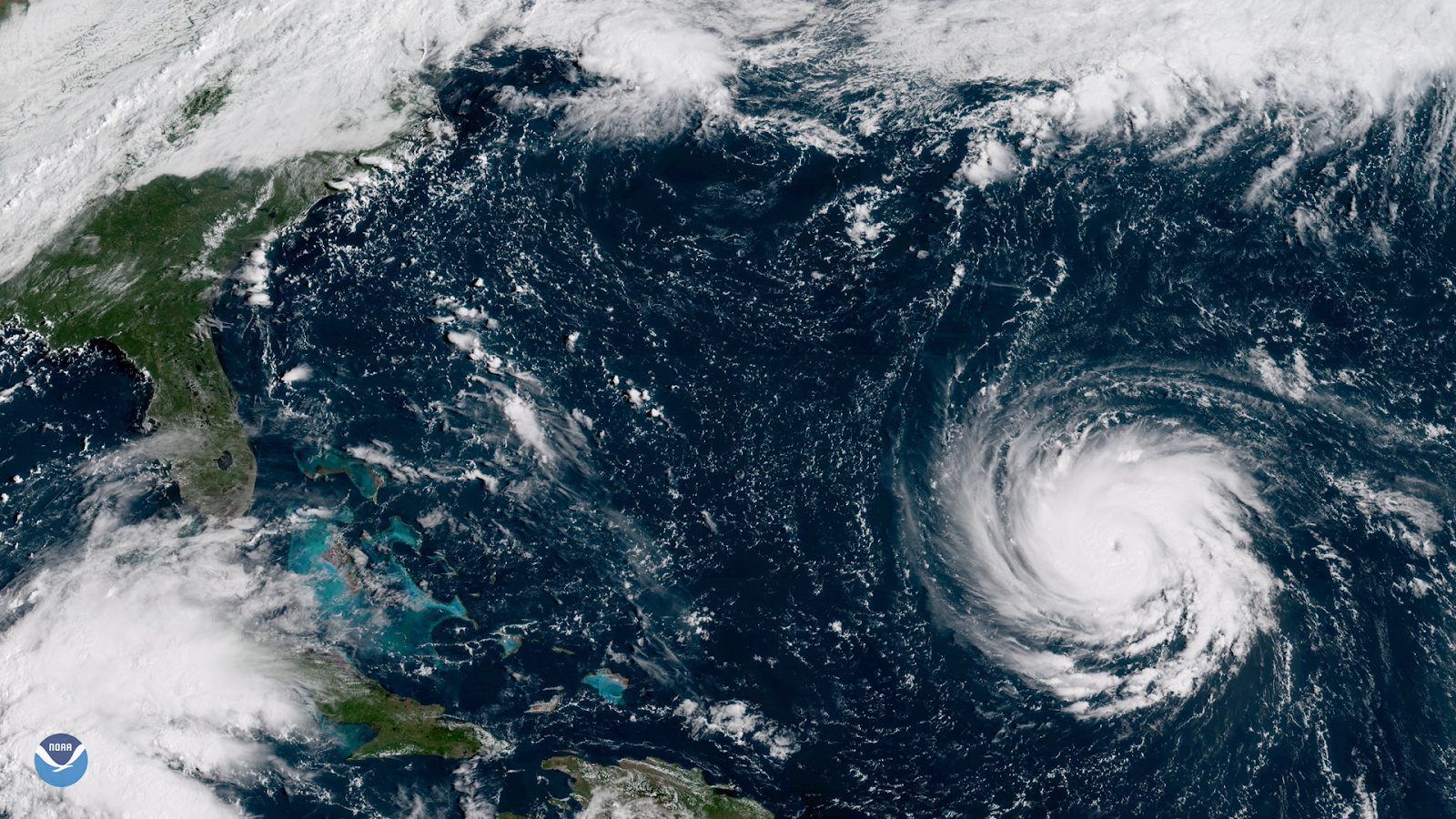 Hurricane approaching the south-eastern United States.