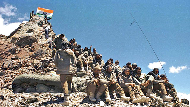 Indian Army  soldiers atop Tiger Hill