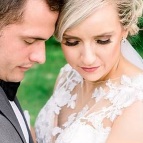 This bride wanted a natural glow. We can do that!