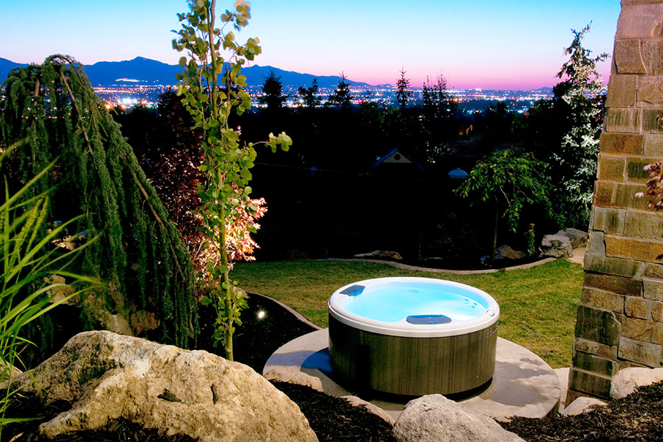 Backyard-spa.jpg