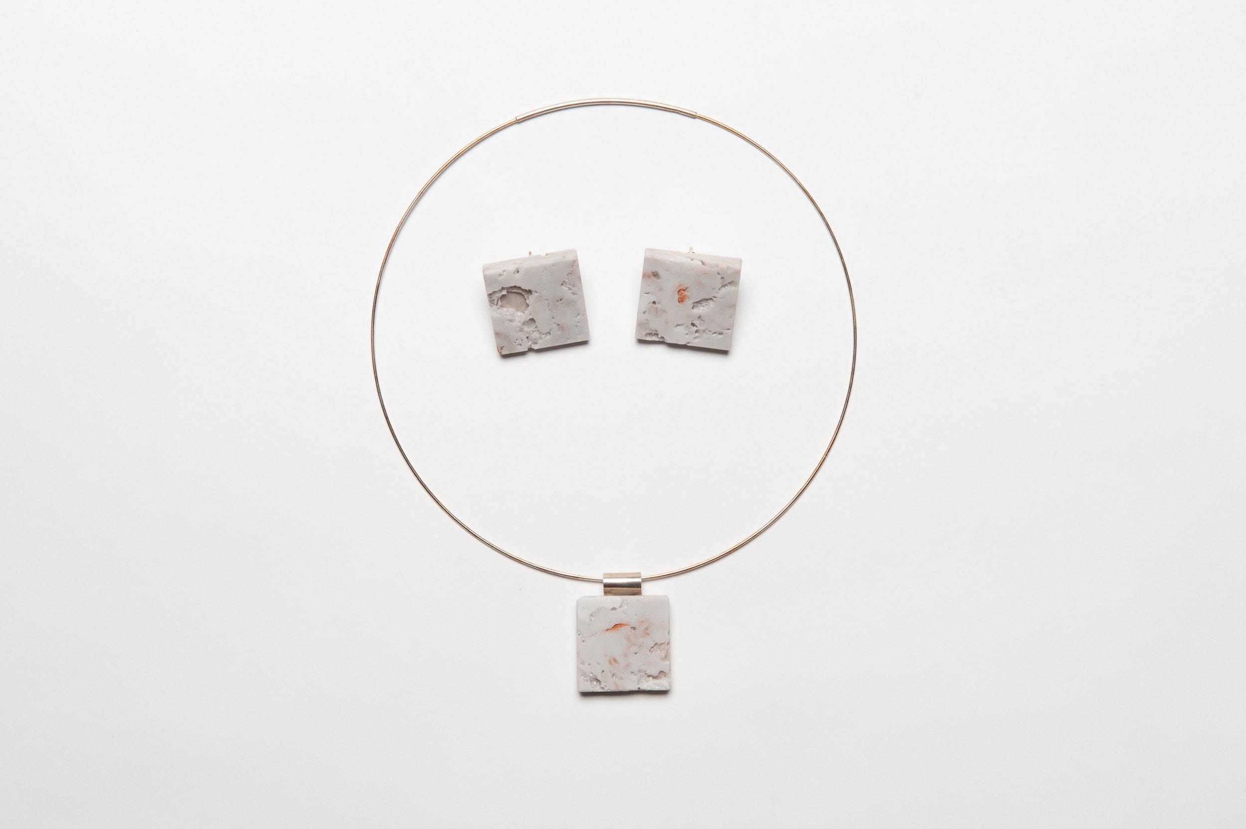 Harris_Jaclyn_burnout jewelry set
