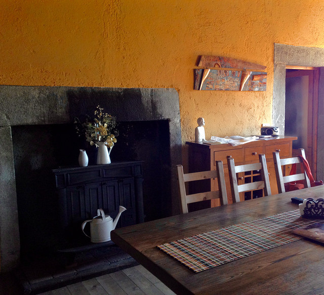 Canalecchia dining room.jpg