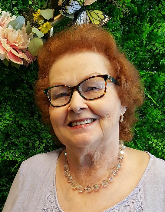 Leena Dooley author