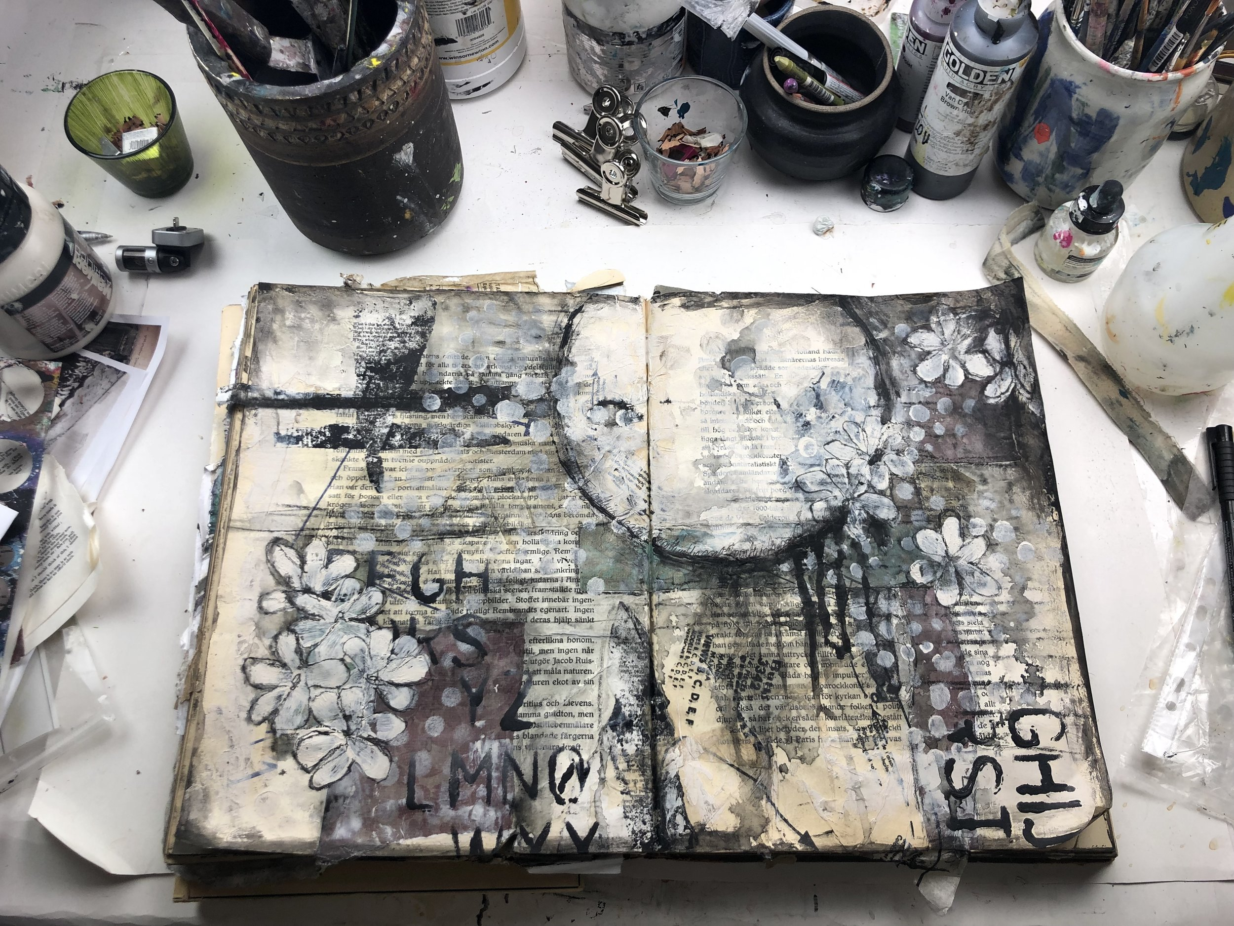 Art journaling lesson with Jenny Grant